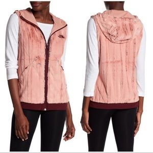 NWT The North Face Furlander Faux Fur Vest XL rose